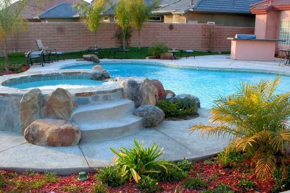 Rock bottom pool